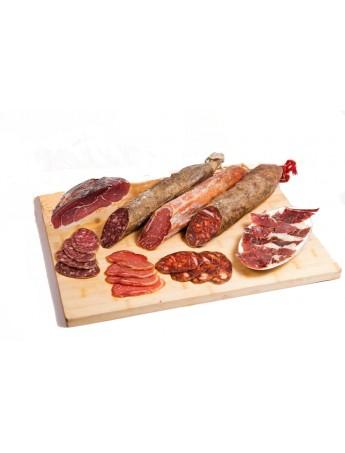 Lote Ibéricos de cebo de Guijuelo: Salchichón, Chorizo y Lomo Ibérico (600 gr/ud) y Jamón Ibérico en Tacos (1,400 gr).